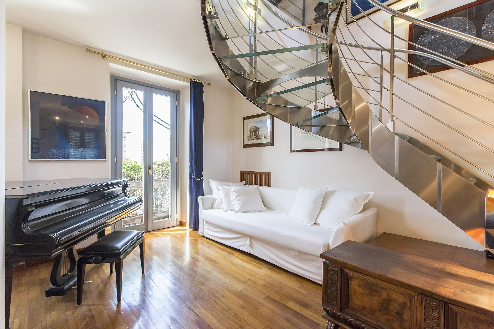Spacious 2 BR in the heart of Navigli district