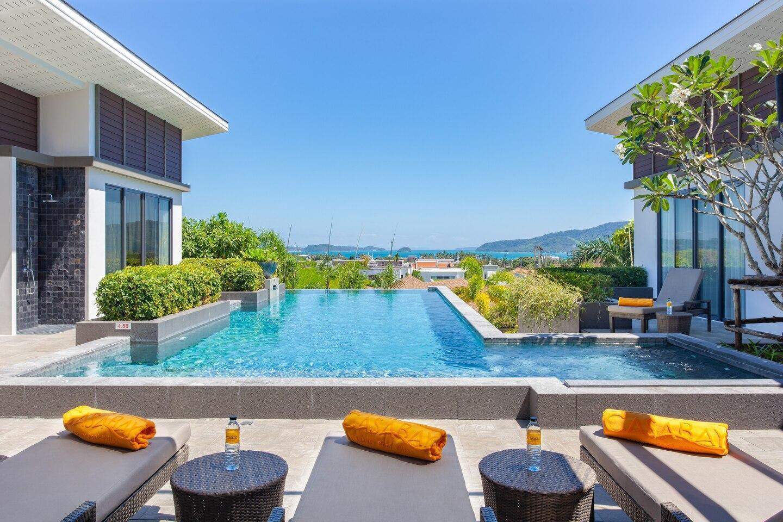 Rawai Beach 6 Bedroom Phuket Pool Villa