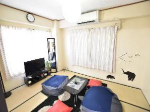 Cute Apartment near Shinjuku 203 (Cute Apartment near Shinjuku #203)
