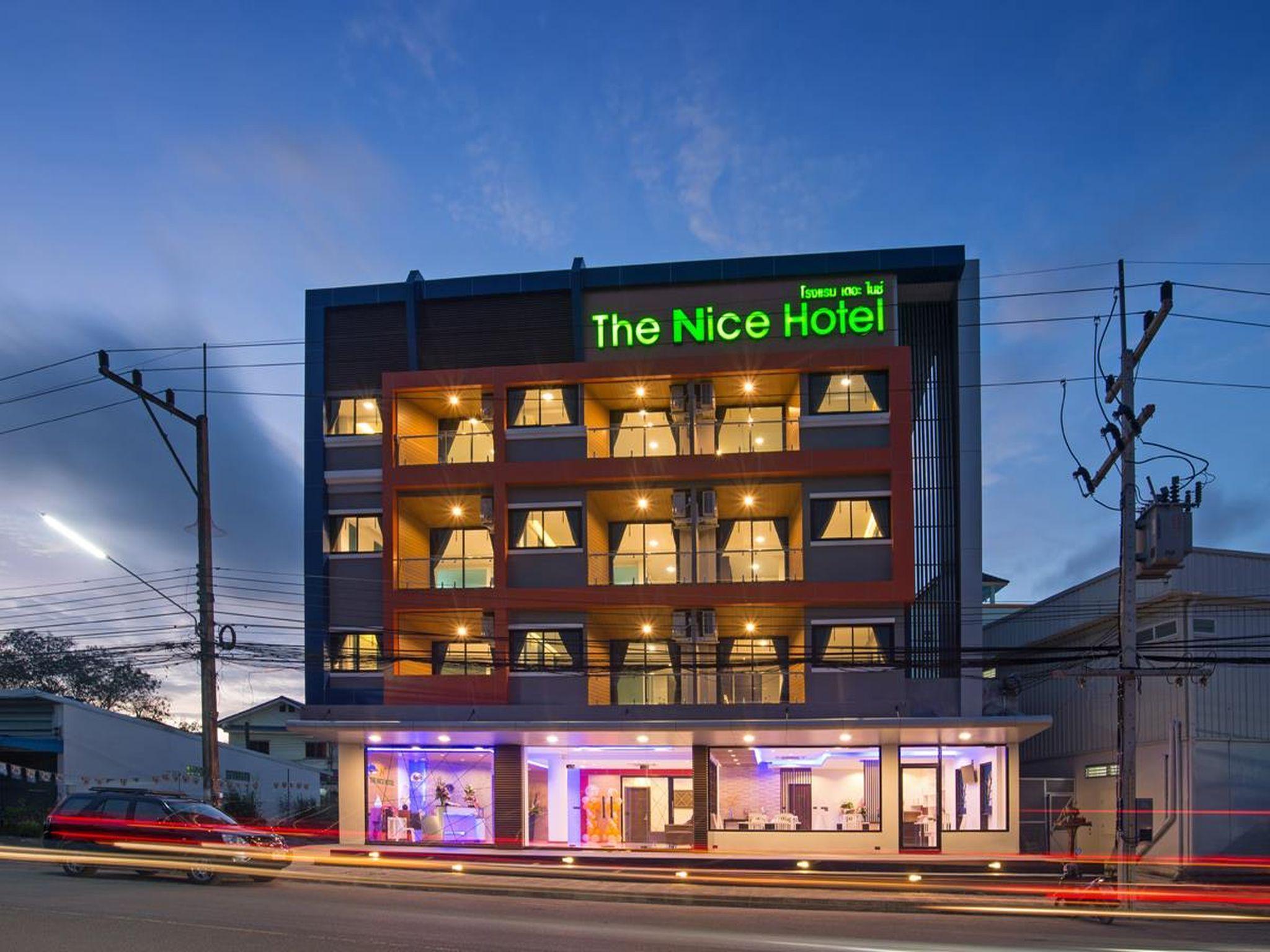 The Nice Hotel โรงแรมเดอะ ไนซ์