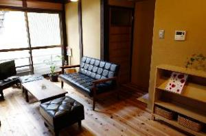 Traditional & Clean Apartment in Kyoto Higashiyama South