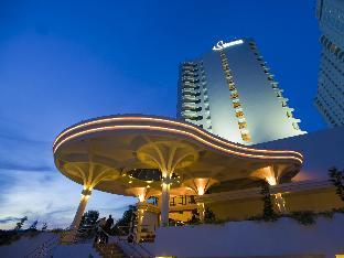 Flamingo Hotel by the Beach