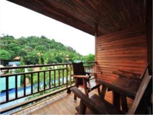 プッタチョート リゾート Phuttachot Resort