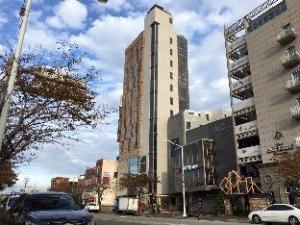 WPA Suites Apartment