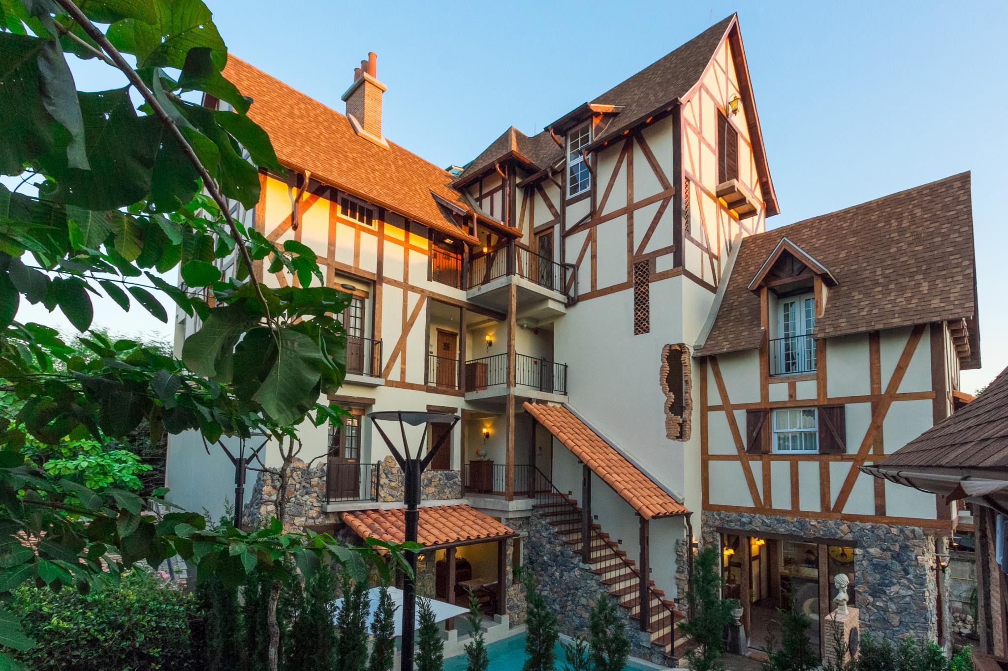 โรงแรมเลอ ชาร์โคล