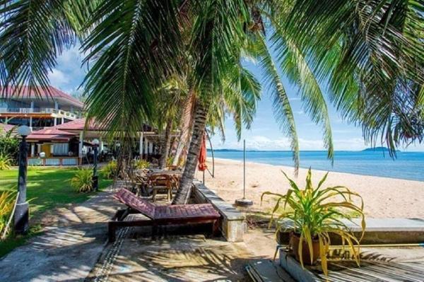 The Uncle beach resort and Seaside residence Prachuap Khiri Khan