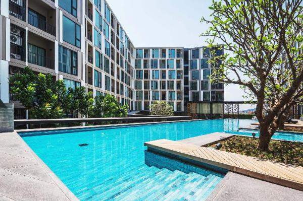 The Base Up Town Condo By Favstay Phuket