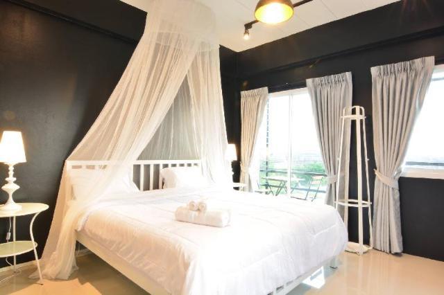โรงแรมเดย์ 2 – Day II Hotel
