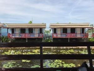 Ploencheewa Resort