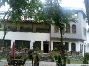 Hotel Lumbardhi