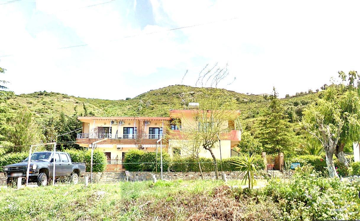 Villa Edi