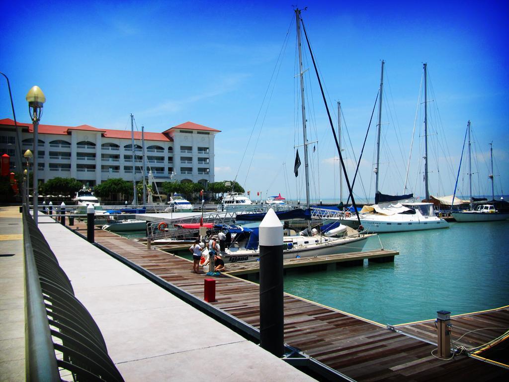 Penang Marineland Suites