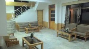 Hotel Varah Manali