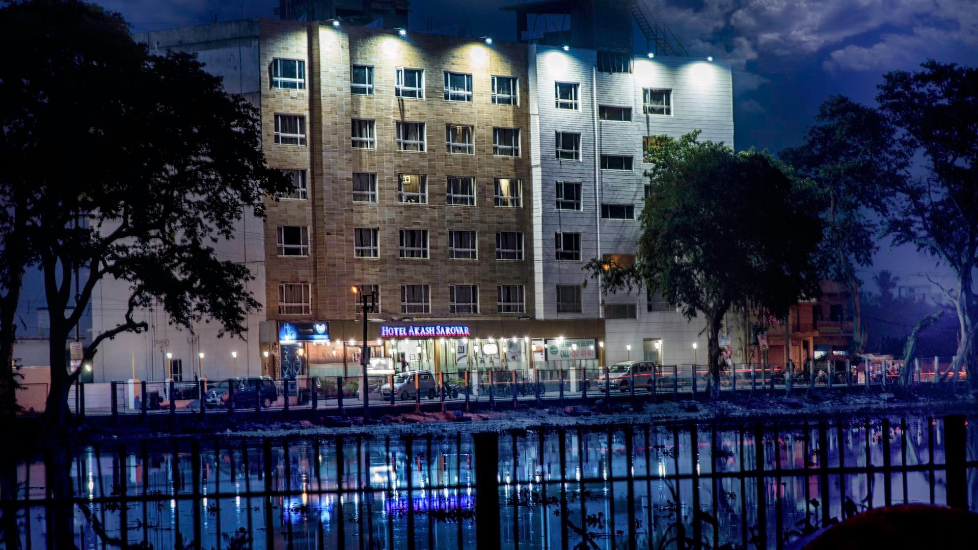 Hotel Akash Sarovar