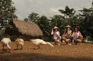picture 3 of Sheridan Organic Farm and Eco Village
