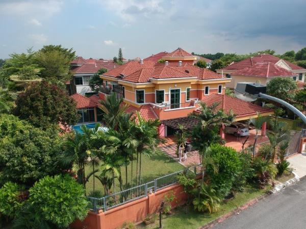 Colorful Villa-near Xiamen university and KLIA Kuala Lumpur