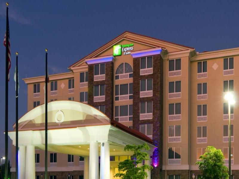 Holiday Inn Express Hotel And Suites Fort Myers West   The Forum