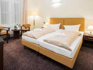 Upper Room Hotel