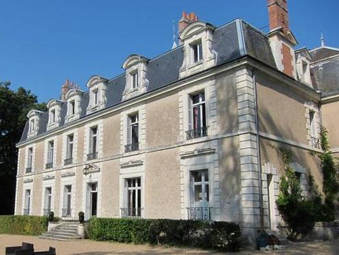 Chateau De Chanteloire Hotel