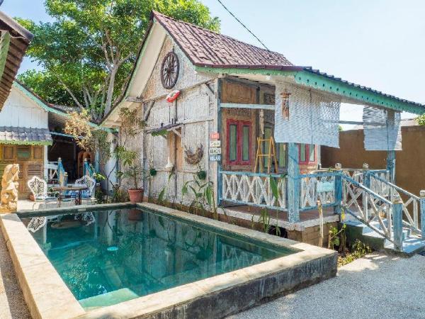 Rumah Desa 4 Room Villa with AC/hot water & pool Lombok