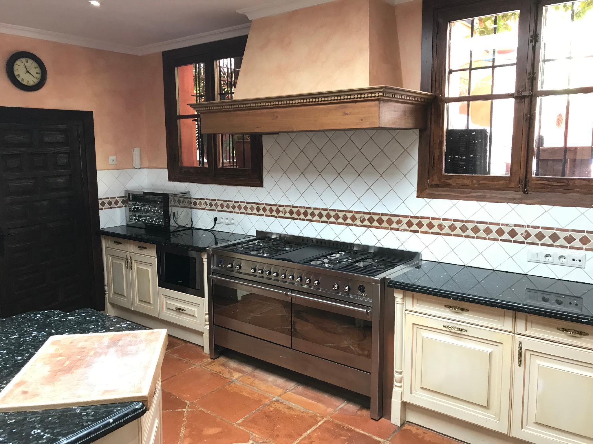 Luxury 7 Bed villa in exclusive El Madronal ,marbella, Andalucia