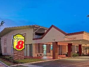 Super 8 Motel Melbourne