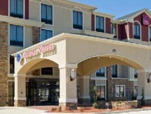Comfort Suites Tupelo Hotel