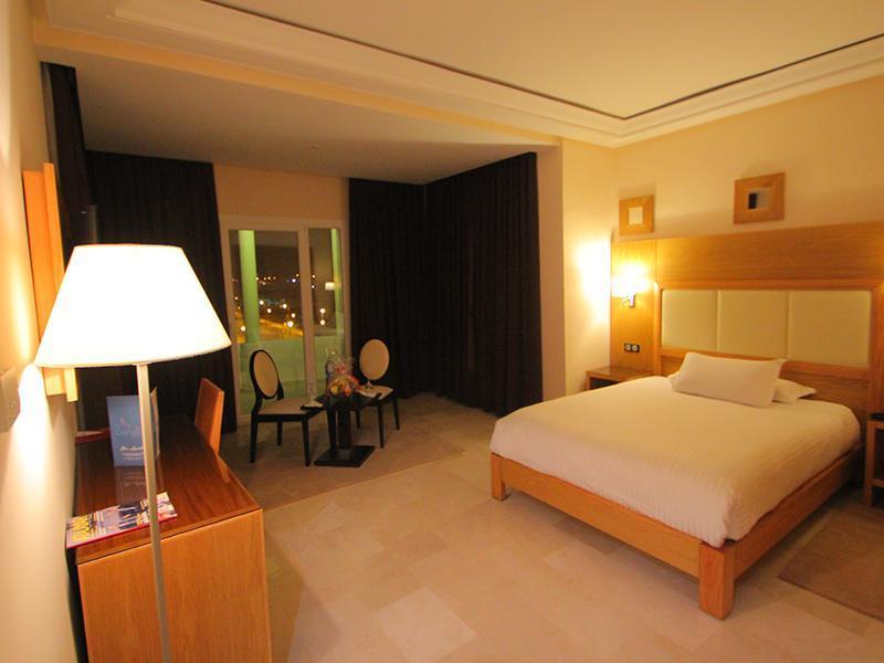 Hotel La paloma Reviews