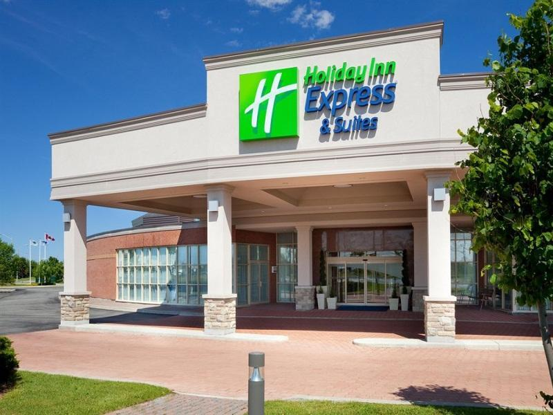 Holiday Inn Express Hotel And Suites Toronto Mississauga