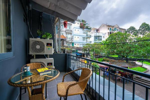 ❆ Cozy Home w/Balcony ❆ hidden in the ❤ of Saigon Ho Chi Minh City