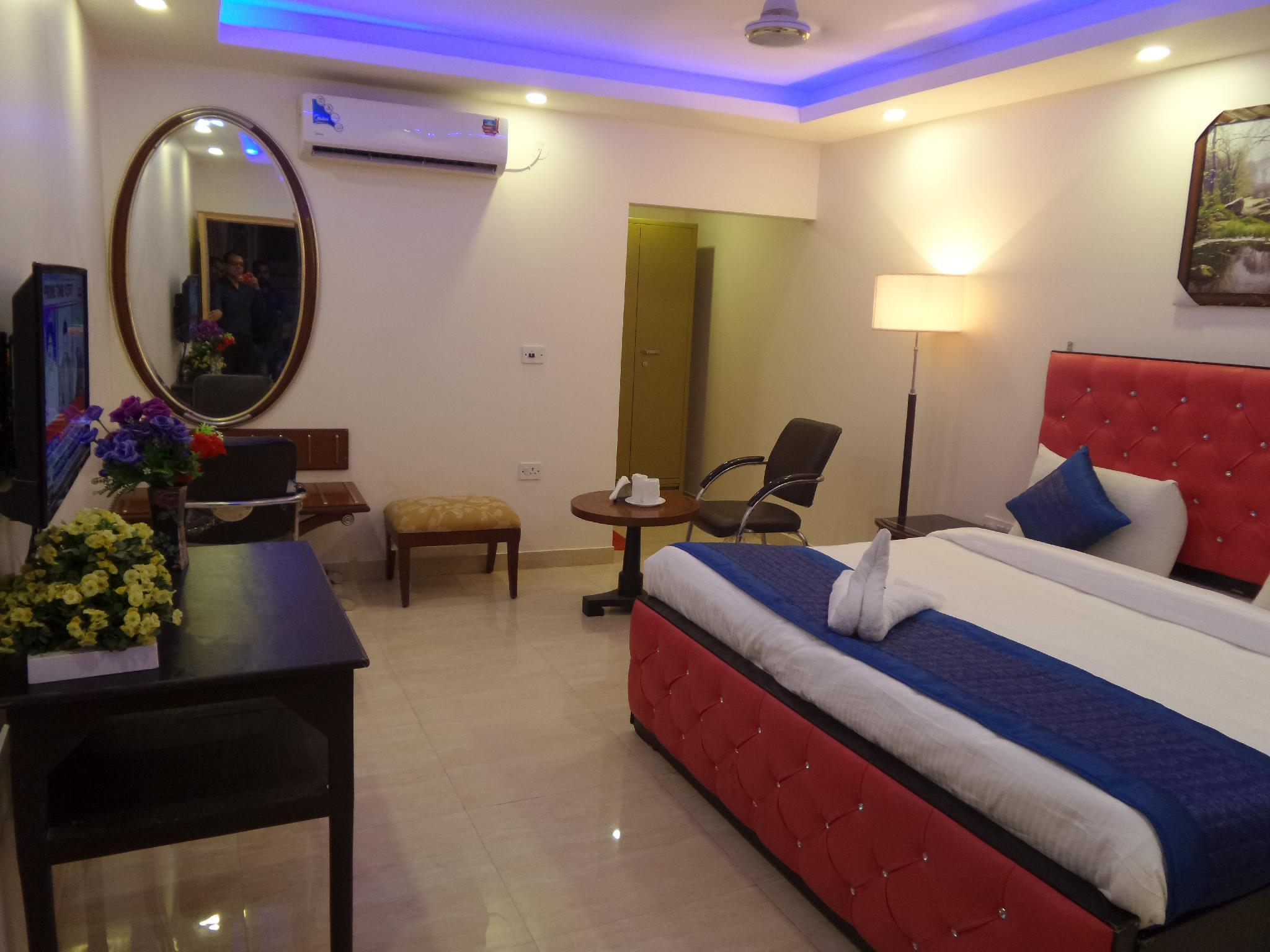Airport Mahal Hotel & Spa