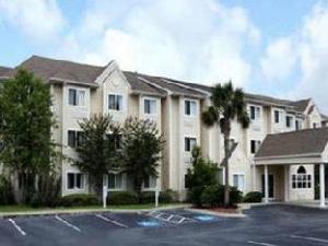 Microtel Inn & Suites by Wyndham Brunswick