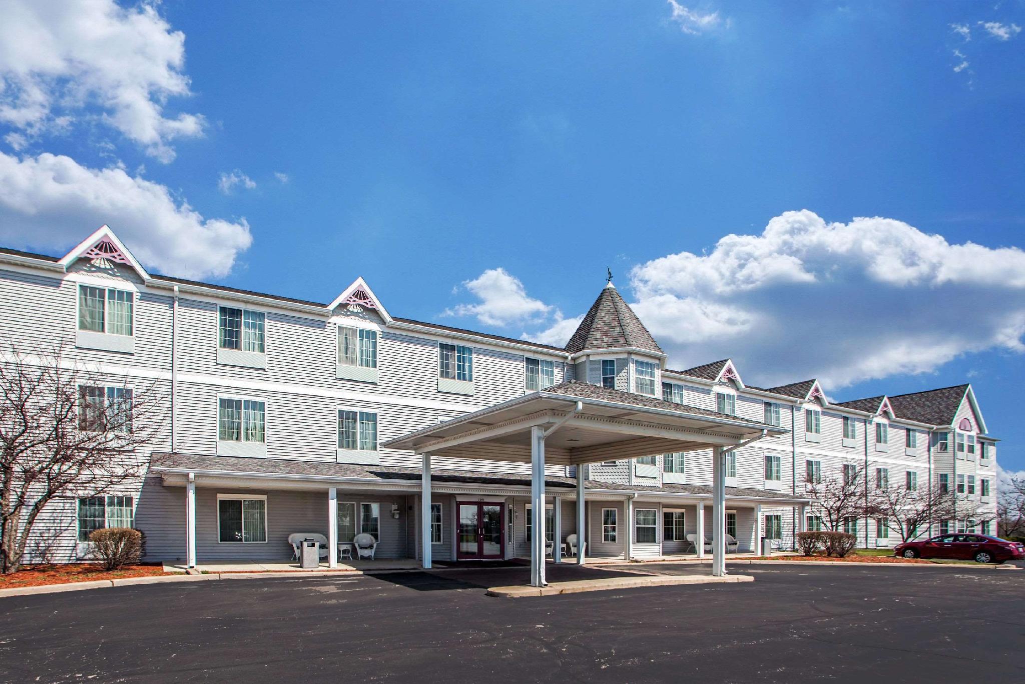 Comfort Inn & Suites Geneva- West Chicago