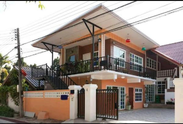 House 3 bedroom 20 guest near chiangmai university Chiang Mai