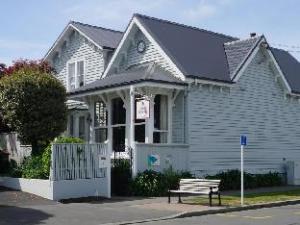 Dorset House Backpackers