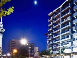 Auckland City Oaks Serviced Apartments
