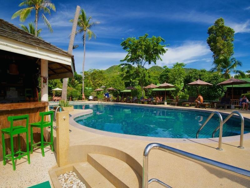 Lotus Resort โลตัส รีสอร์ท