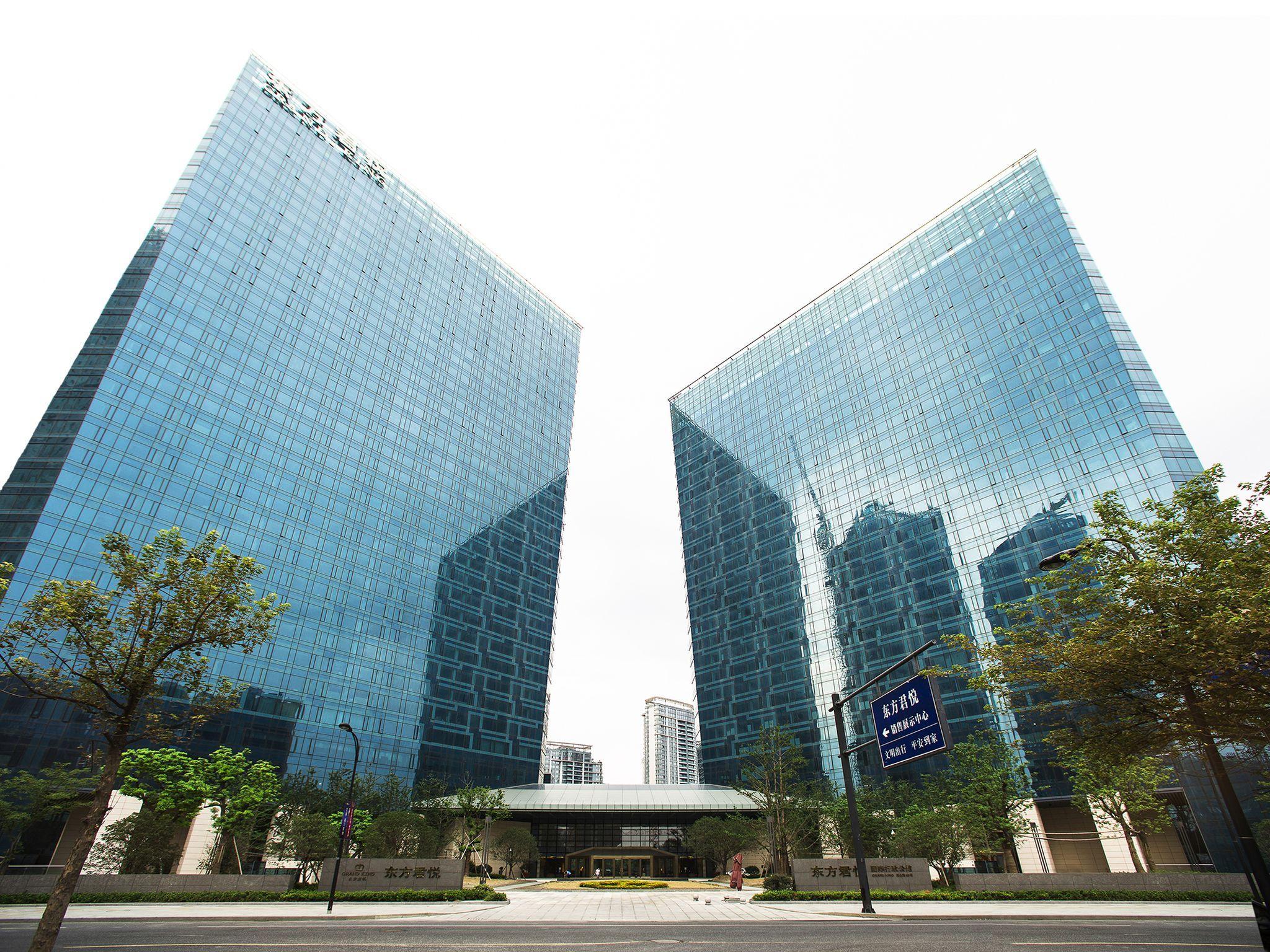 Hangzhou Dragon Executive Apartments