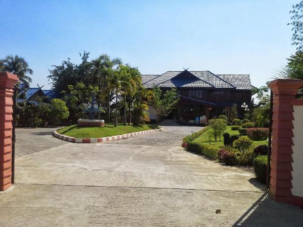 Suandarbporn Resort Maesot Tak