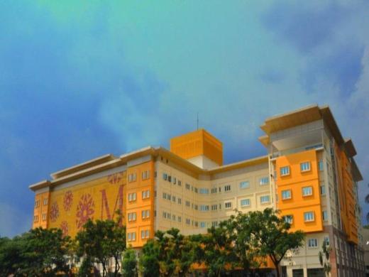 M Suites Hotel