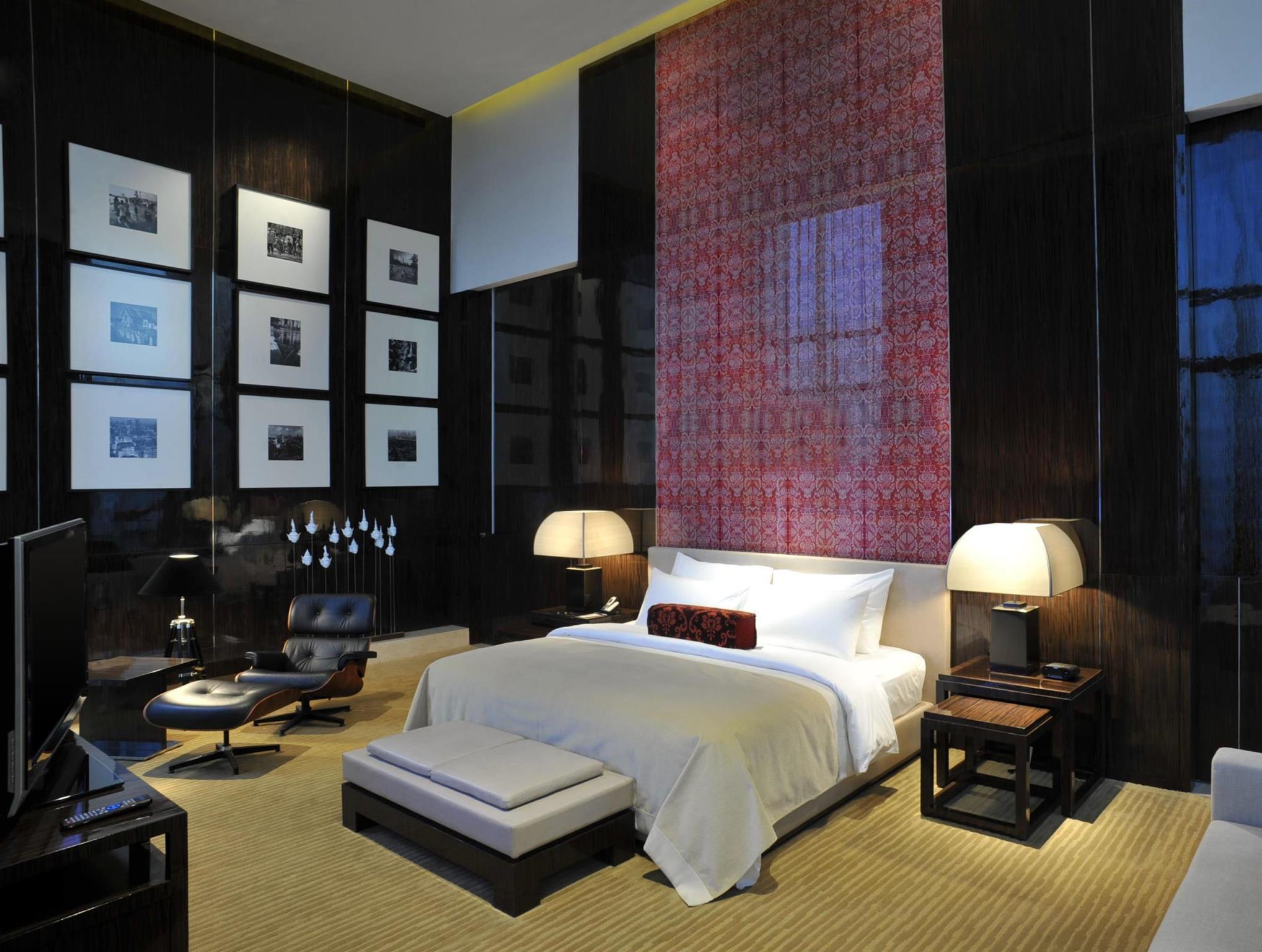 Le Meridien Bangkok Hotel - Bangkok