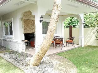 picture 5 of Alona Studio Bungalow with your own private pool.
