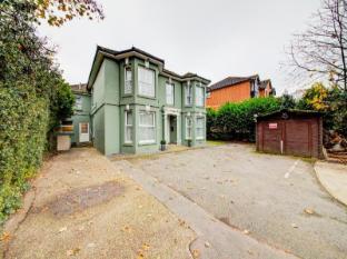 OYO The Regent Guest House - Southampton