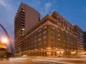 Drury Plaza St Louis Arch Hotel