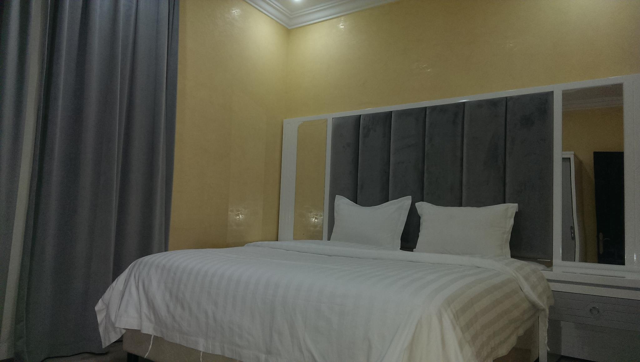 Mayun Apparment And Suites