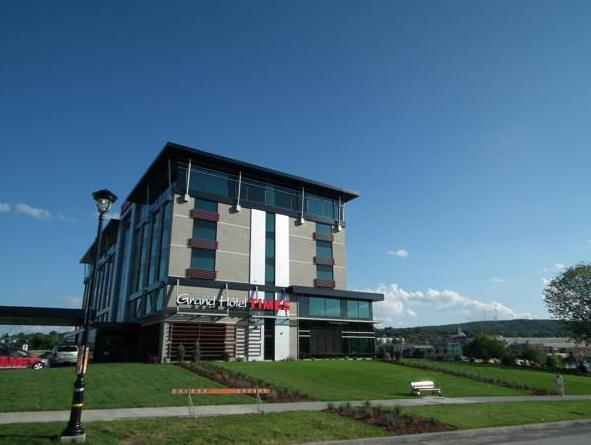 Grand Times Hotel Sherbrooke