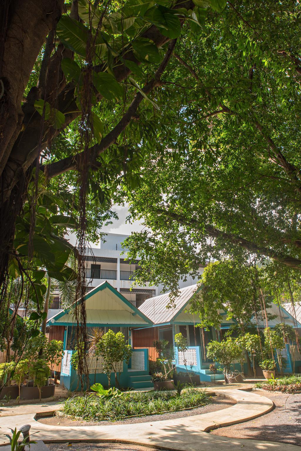 Blu' Beach Bungalows บลู บีช บังกะโล