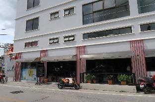 Maximum Boutique Hotel