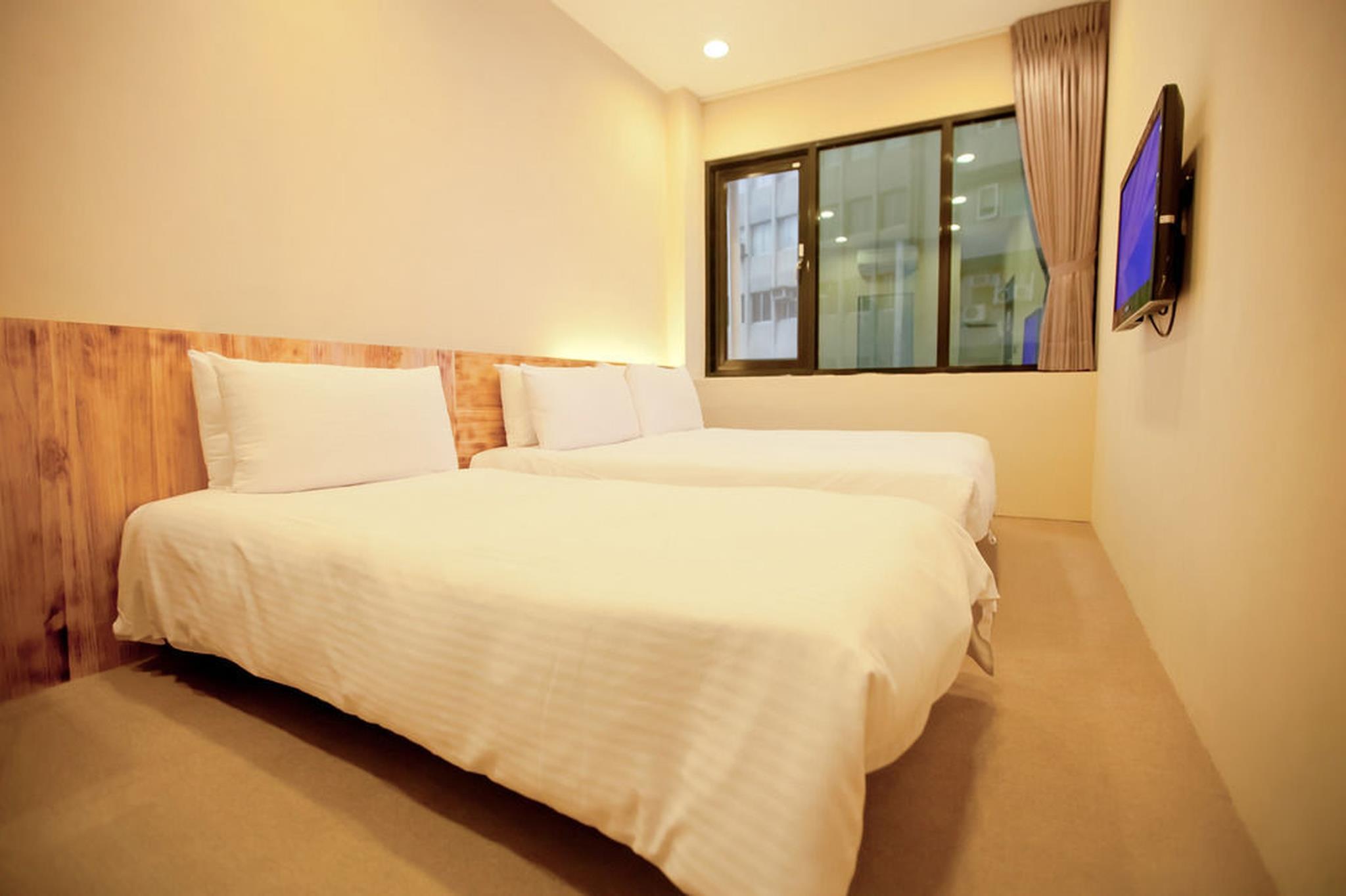 A SIMPLE PLACE Standard Triple Room 2