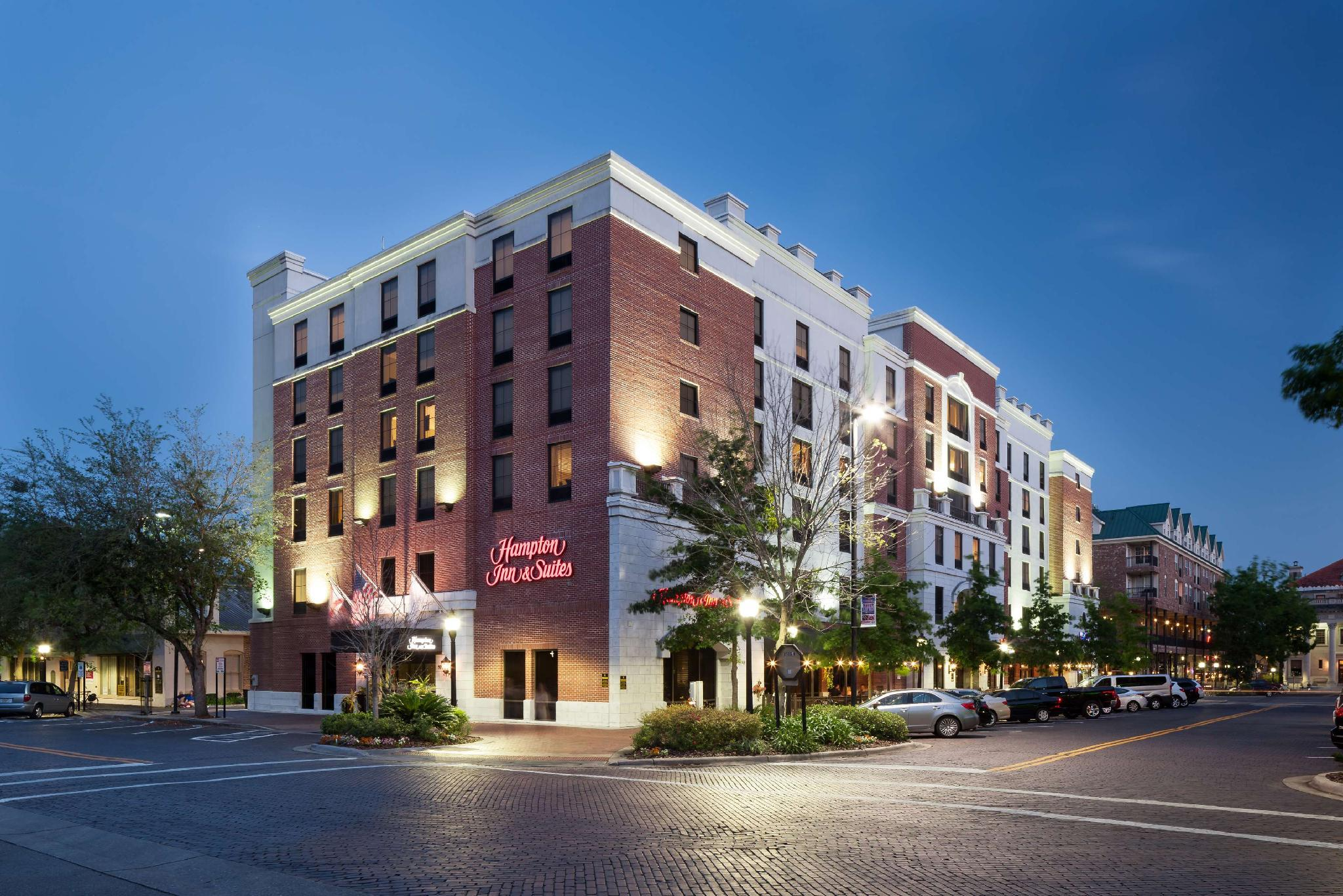 Hampton Inn And Suites Gainesville Downtown